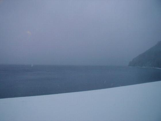 10年4月28日16時支笏湖.jpg